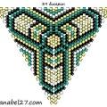 Треугольник из бисера 15