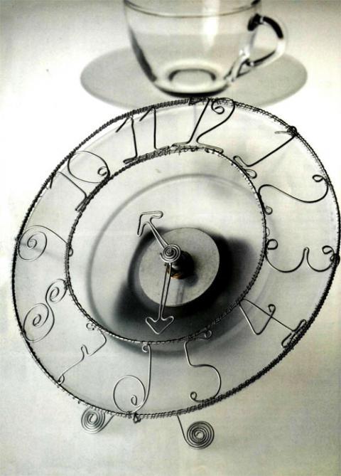 Часы из проволоки своими руками